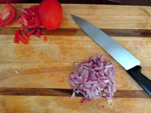 Left over onion all nicely chopped up ready to make me cry.